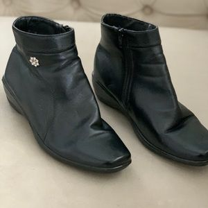 Woman's rubber soled booties.